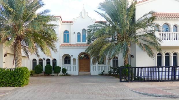 SRK's Dubai Villa