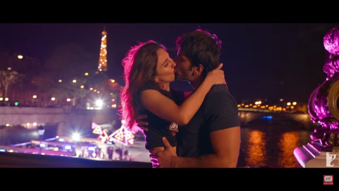 Kisses in Befikre
