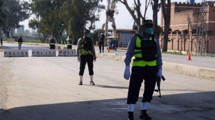 Coronavirus Sector in Pakistan Allowed to Work during Lockdown