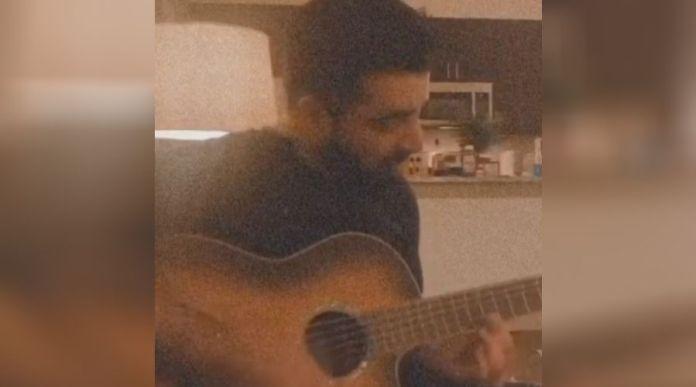 Hamza Ali Abbasi covers 'Ghazi Ertuğrul' Title Song on Guitar