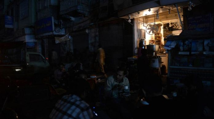 Karachi to suffer long Load Shedding hours due to supply shortage