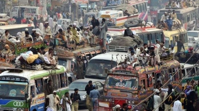Karachi has The World's Worst Transport System, attempts to Modernize