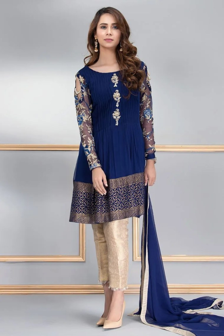 Buy Ravishing And Vibrant Pakistani Formal Dresses By Phatyma Khan