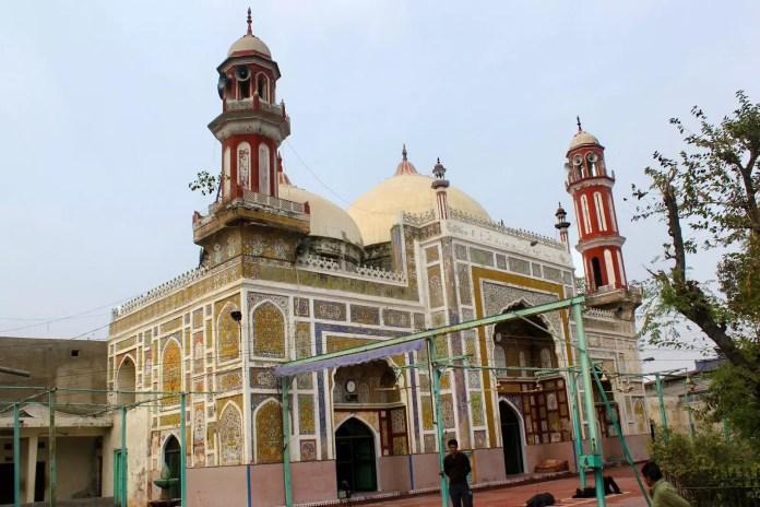 Dai Anga masjid Lahore
