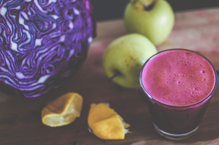 rich red cabbage juice - pakovska.com