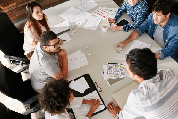 la-importancia-de-contratar-a-una-agencia-especializada-de-comunicacion-interna