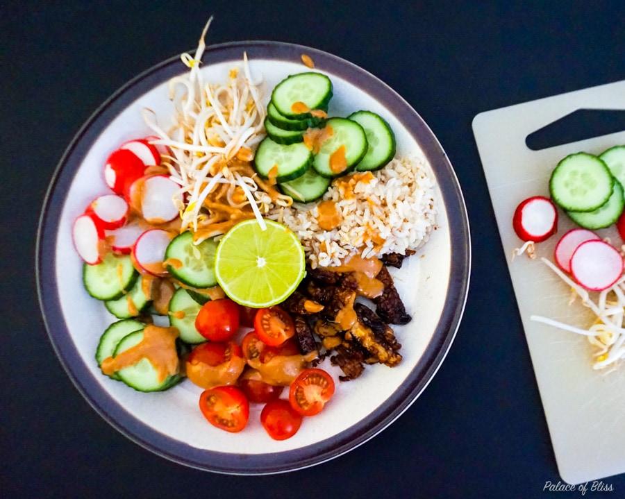 In dit artikel vind je het recept voor de vegan versie van Gado Gado