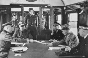 WWII French surrender to Nazis (https://s-media-cache-ak0.pinimg.com/736x/05/14/be/0514beacbdcd864f2c9b87b6184313b5.jpg)