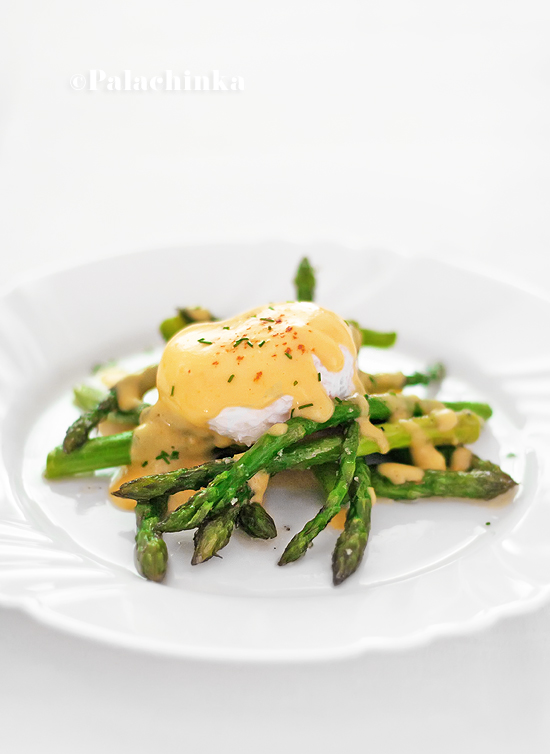 Roasted Asparagus, Poached Eggs and Hollandaise