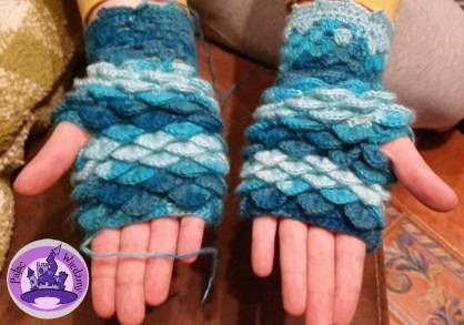dragon-mittens-13