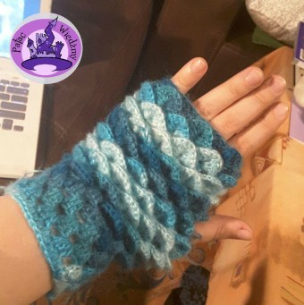 dragon-mittens-5