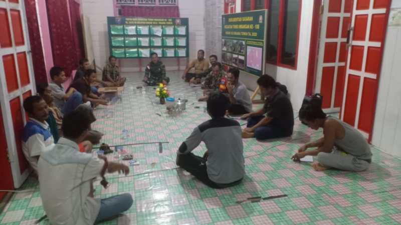 Kebersamaan dalam Kekeluargaan Masyarakat dan Satgas TMMD Imbangan ke-108 Kodim 1013/Mtw