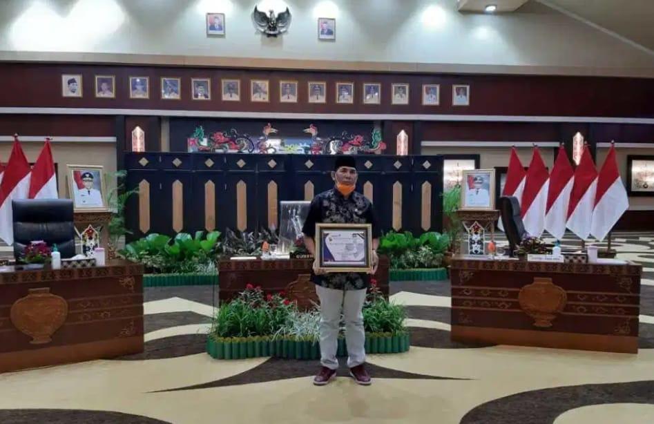 Provinsi Kalimantan Tengah Raih Juara Ketiga Kategori Provinsi Terbaik Kegiatan Pelayanan KB Serentak Sejuta Akseptor Tingkat Nasional