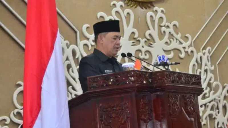 Gubernur Kalteng Jawab PU Fraksi RPJ APBD Tahun 2019.