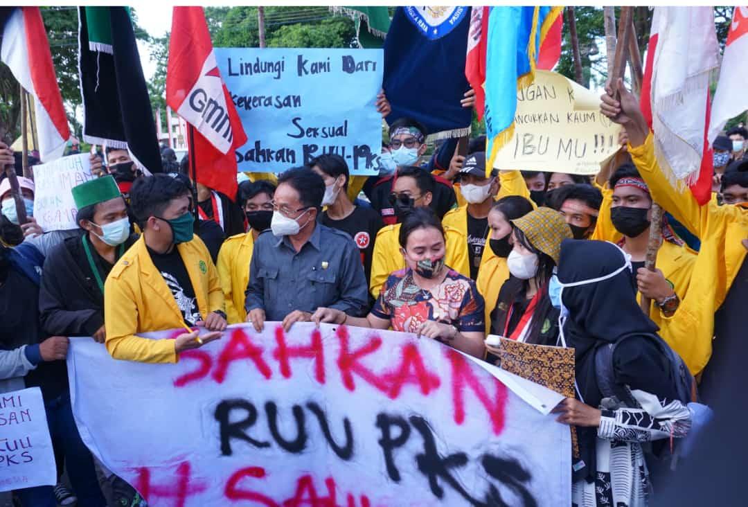 Koalisi Aliansi Demo Damai Depan DPRD Kalteng, RUU PKS