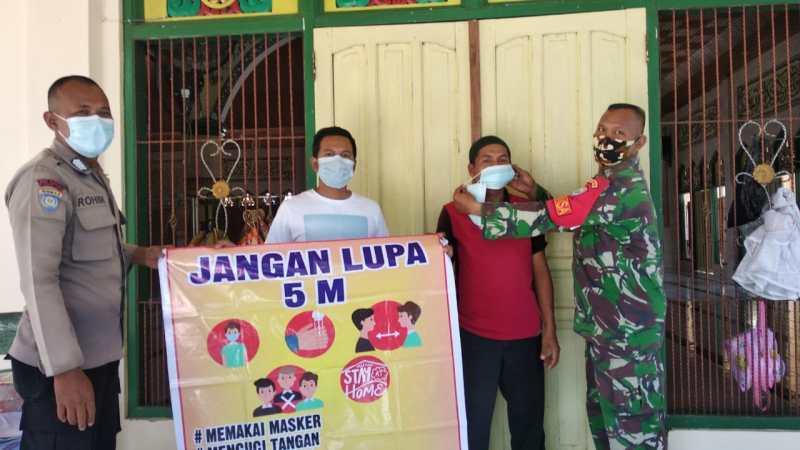 Babinsa Koramil 2016-01,Edukasi Warga Tanjung Pinang.