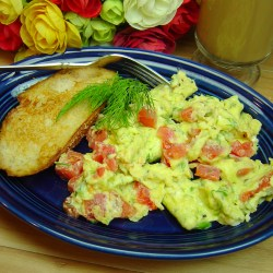 Scrambled Eggs with Tomato and Dill