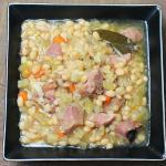 Easy Crockpot Beans with Ham