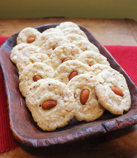 Almond Toffee Sandies