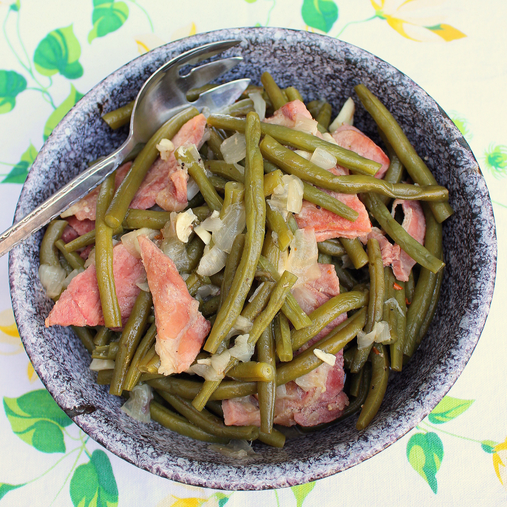 Old Fashioned Country Green Beans Recipe