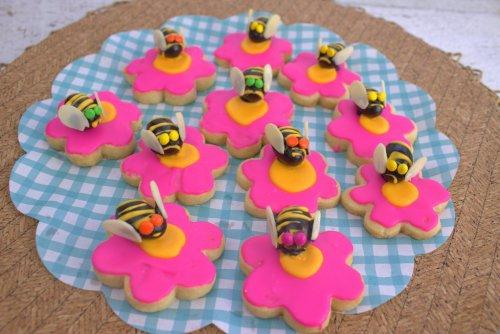 Honeybee Cookies