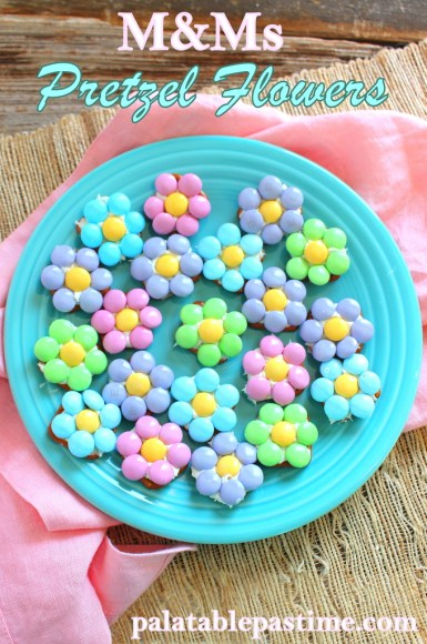 M&M Pretzel Flowers