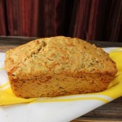 Cheddar, Garlic and Jalapeno Beer Bread