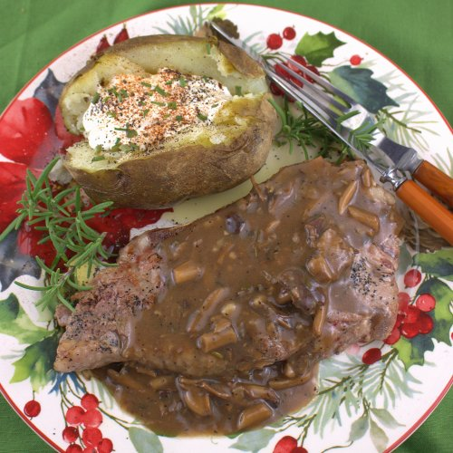 Steak with Porcini Mushroom Gravy