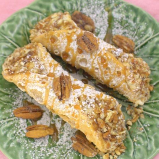 Caramel Pecan Cannoli