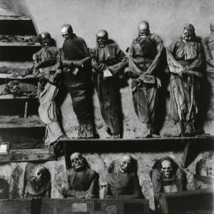 Hujar. Catacumbas de Palermo. 1963