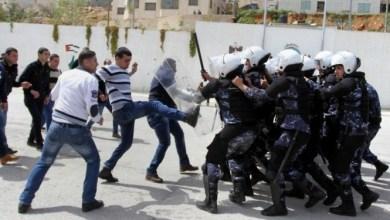 Photo of الأمن يعتدي على طلاب الكتلة الإسلامية في جامعة النجاح
