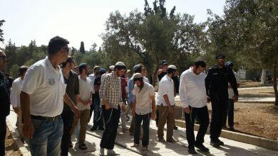 Photo of المستوطنون يقتحمون باحات الأقصى بأعداد كبيرة