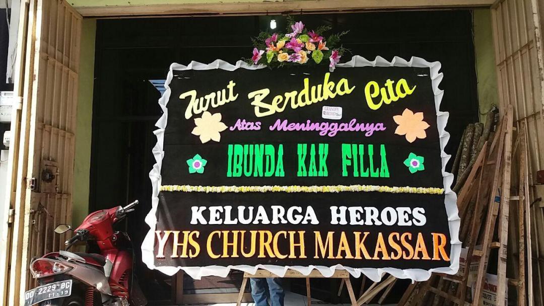Alicia Florist Pusat Karangan Bunga di Makassar (6)