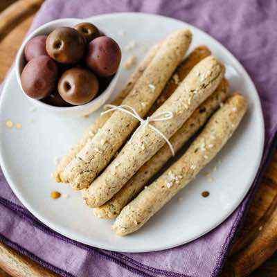 Sesame Grissini Breadsticks