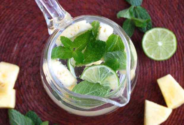 Pineapple Mint Detox Water