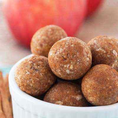 Cinnamon Apple Pie Energy Balls