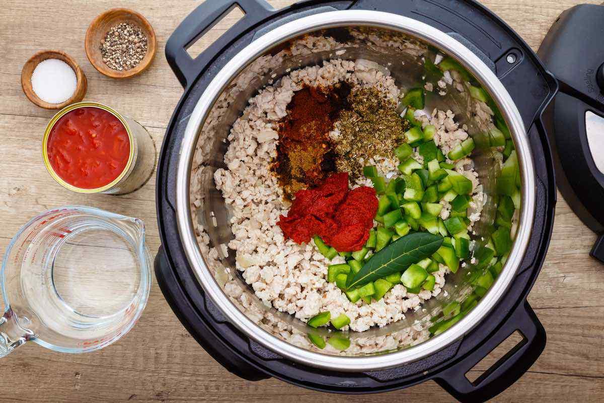 Paleo Instant Pot Turkey Chili