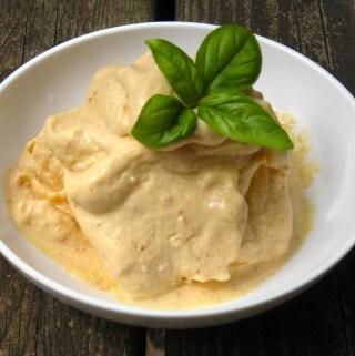 5-Minute Peach Ice Cream
