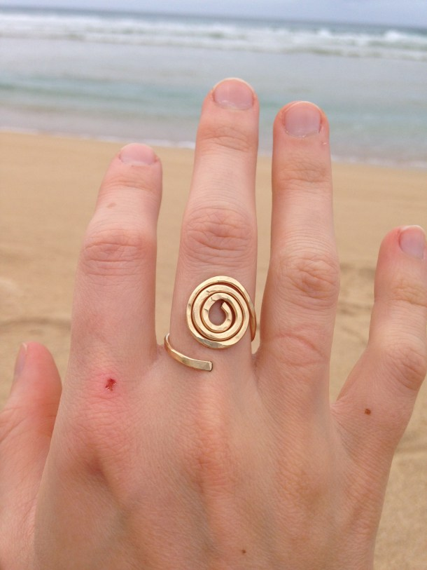 I treated myself to this ring from the Hanelai Farmer's Market. The woman who made these used to live in Oregon and now resides in Kauai, making jewelry. She had such cool stuff!