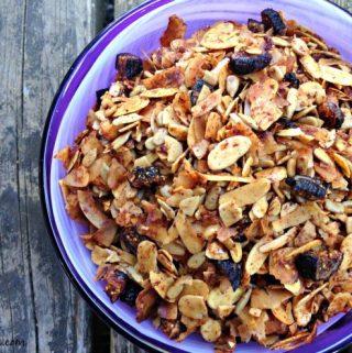 Figgy coconut granola
