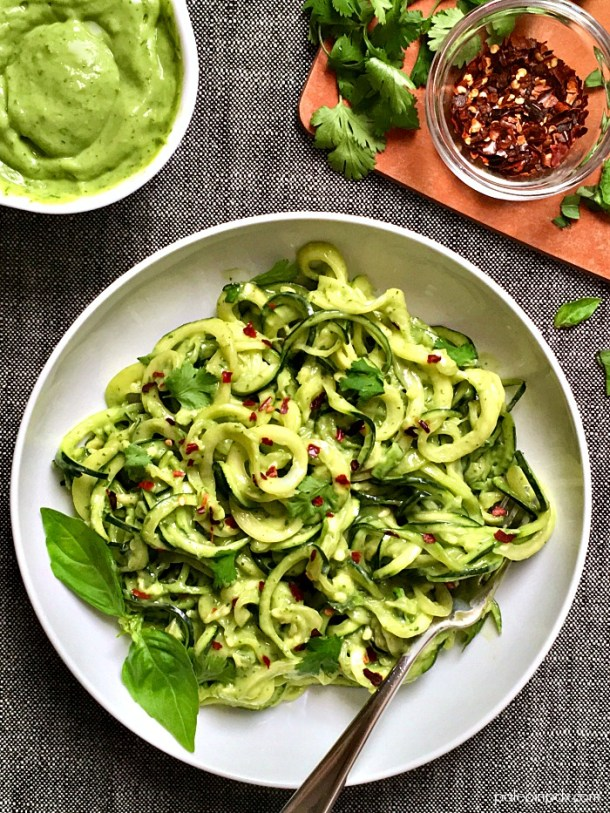 Zucchini noodles with avocado cream sauce