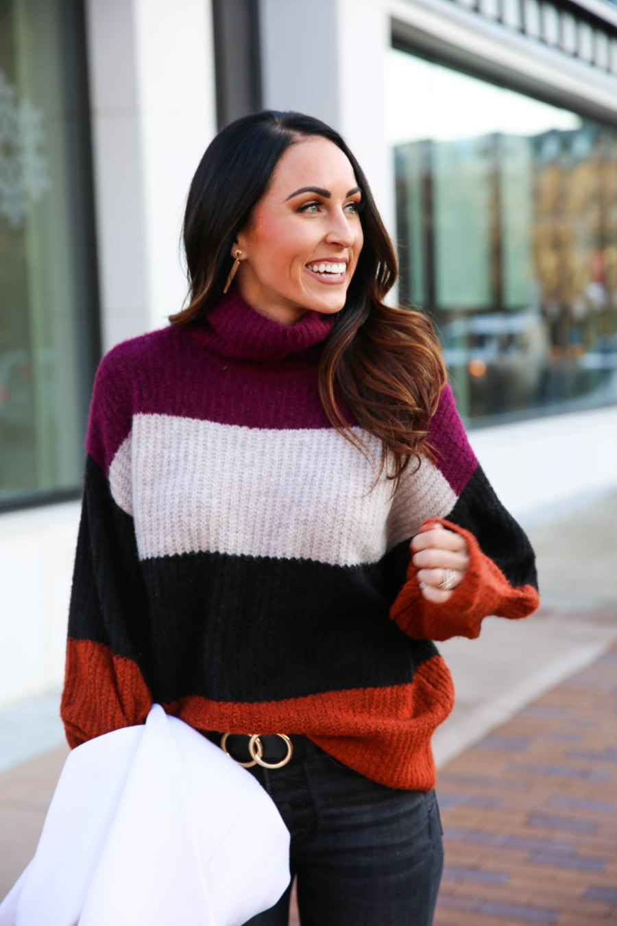 PaleOMG - 16 Cozy Sweaters to Fall in Love With