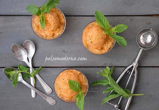 Sorbete de cantalupo y hierbabuena {paleo, sin gluten, sin lactosa}