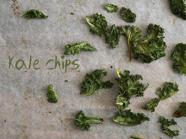 chips crujientes de kale, paleo
