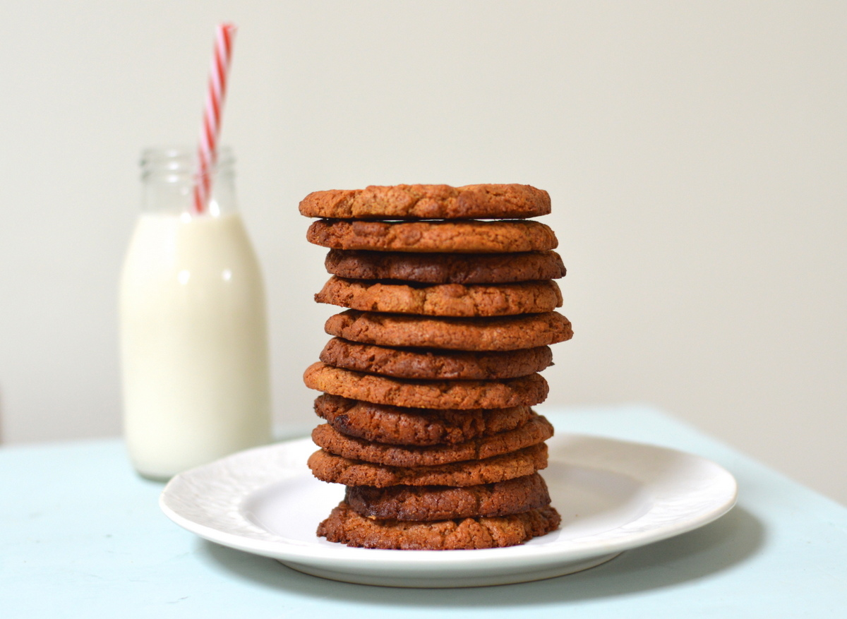4 Ingredient Ginger nut Cookies