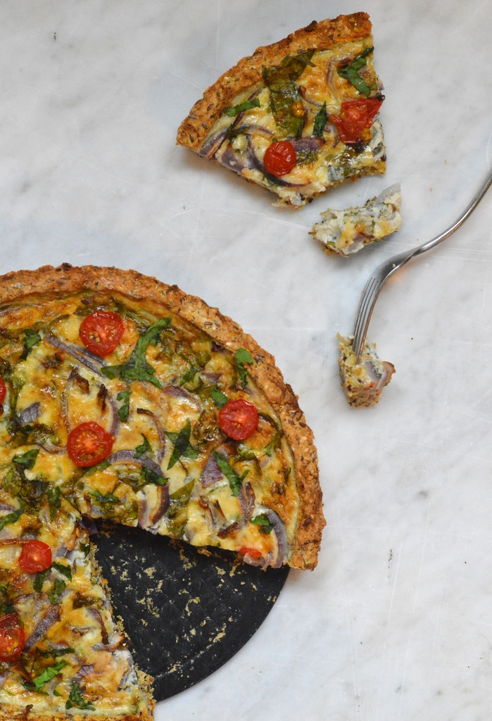 Cheese and onion quiche with a sweet potato and fennel crust