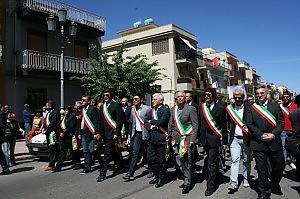 Peppino Impastato ucciso 34 anni fa a Cinisi la marcia dei 100 passi dei sindaci