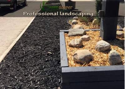 professional_landscaping_regina05182018