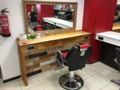 Revestimento mueble con madera + pared
