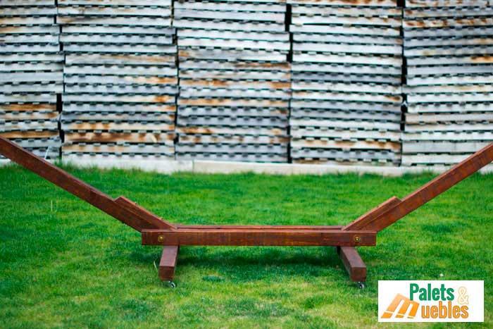 Soporte hamaca complemento para jard n palets y muebles - Reciclar palets para jardin ...
